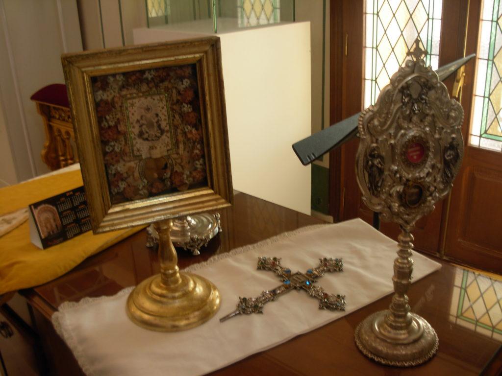 Reliquias de los Santos Medios y otros santos romanos.