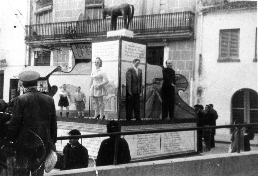 Falla Plaza Generalísimo. 1955. Archivo L. Fenech.