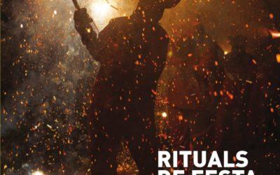 Rituales de fiesta y fuego que  incendian nuestras emociones.